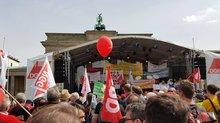 Infotisch zum 1. Mai 2016 in Berlin