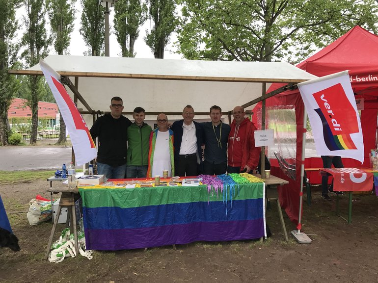 Ak queer Infostand bei den Respect Games 2017 in Berlin